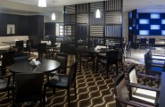 Holiday Inn Express Airport reštaurácia dubaj.nadosah.sk