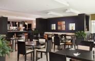 Holiday-Inn-Express-Jumeirah-reštaurácia-dubaj.nadosah.sk